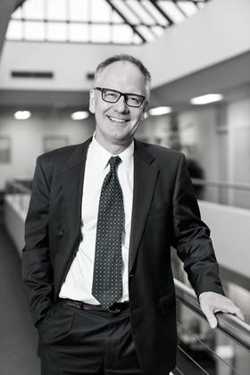 Dr Sean Mackay